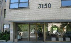 Renters Warehouse presents this Single Family Condo in a sought after neighborhood of Minneapolis (Condos at Lake Calhoun). This well maintained Condo features two bedrooms, one full bath and bath with over 1400 sq. ft. There is a spacious dining room.