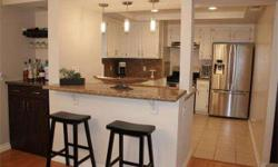 This North Hollywood condo has been completely upgraded throughout with modern style! Features two bedrooms, three bathrooms, hardwood floors, crown moldings, and recessed lighting. Kitchen features granite, stainless steel, and a breakfast bar. Has in