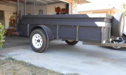 Utility Trailer. Year  2006, Make MCEL, Model 510T3, Have Title,