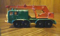 Vintage Matchbox/Lesney 8 wheel crane i excellent condition. I also have others like this from the mid to late 60's. For more info please call 1-207-337-0443.Thank You.