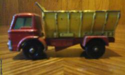 Vintage Matchbox/Lesney girt spreading truck in good condition. I also have others like this from the mid to late 60's. For more info please call 1-207-337-0443. Thank You.