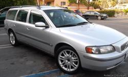 THIS VW IS A DIAMOND!! SUPER CLEAN COMPLETE WITHSUNROOF 2.5T QUICK! DEFINITELY THE LUXURY WAGON! SILVER EXTERIOR GREY LEATHER INTERIOR. MPG 18 CITY 25 HWY. The Volvo Cross Country can be a great substitute for a sport-utility.It boasts an elevated chassis