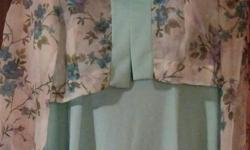Size 12 1/2 Beautiful Aqua (Floral Bodice) with removable Floral print Jacket. Would be great for Mother of the Bride or Groom. Worn only a few times.