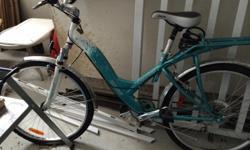 Women's bike. Like newonly used a few times.