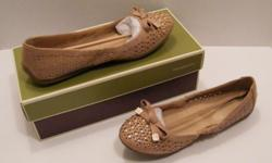 On a budget like the style buy pre-owned shoes!!! http://stores.shop.ebay.com/seemystore2  At seemystore2 on ebay!!!!