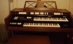 Very nice organ, Moving must sell