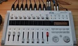 im selling a zoom r16 recording interface you can easily record your own , songs the zoom r16 can be used to record by itself or you can use it as a computer interface includes sd card and power sulply .im selling it because i dont need it anymore im